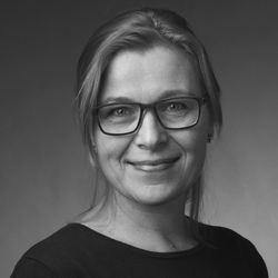 Lise Lundh, portrettbilde