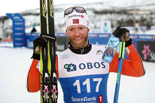 Martin Johnsrud Sundby etter suveren seier på 15 kilometer klassisk under NM i Tromsø 2016. Foto: Erik Borg.