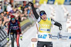 Britta Johansson Norgren spurtslo Katerina Smutna og tok seieren i Marcialonga 2016. Foto: Rauschendorfer/NordicFocus.