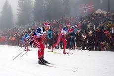 Didrik Tønseht nærmest kamera på vei mot 4. plass på 5-mila i Holmenkollen 2016. Ved sin side har han Niklas Dyrhaug som ble nr. 2. Foto: Laiho/NordicFocus.