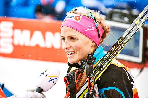 Therese Johaug etter seieren på 5 kilometer klassisk under verdenscupen i Falun 2016. Foto: Felgenhauer/NordicFocus.