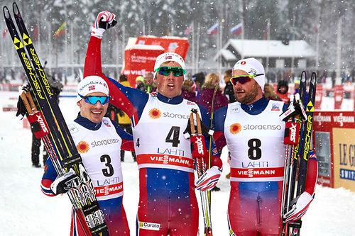 Herrenes sprintpall i verdenscupen i Lahti 2016. Fra venstre: Finn Hågen Krogh (2. plass), Emil Iversen (1) og Petter Northug (2). Foto: Felgenhauer/NordicFocus.