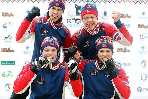 Norges gullgutter fra herrestafetten under Junior-VM i Rasnov og Romania 2016. Foto: Erik Borg.