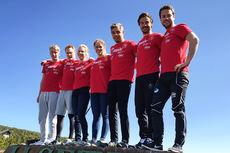 De 6 løperne som utgjør Team Coop Talent 2016/2017, sammen med trener Morten Vingli Odsæter. Foto: Team Coop Talent.