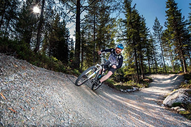 Stisykling i Trysil Bike Arena. Foto: Destinasjon Trysil/Jonas Hasselgren.