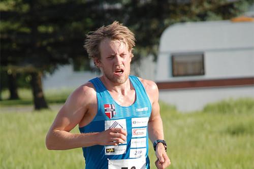 Per Kristian Nygård igjen best i Koboltgruvene Opp. Her er han underveis i Oddvar Helleruds Minneløp. Arrangørfoto.
