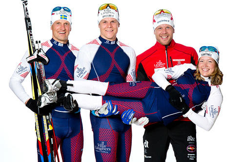 Team Tynell 2016/2017. Fra venstre: Jerry Ahrlin, Rikard Tynell, Daniel Tynell og Laila Kveli. Foto: Fotograf Heléne, Falun.