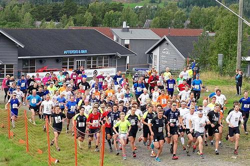 Starten går i Hafjell Opp et tidligere år. Arrangørfoto.