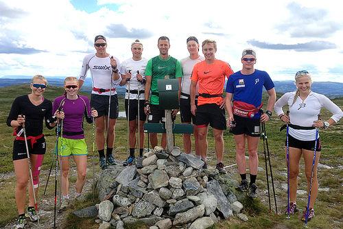 Team Synnfjell Allround på toppen av Jumfroslettfjell (1100 m.o.h.). Foto: Team Synnfjell.