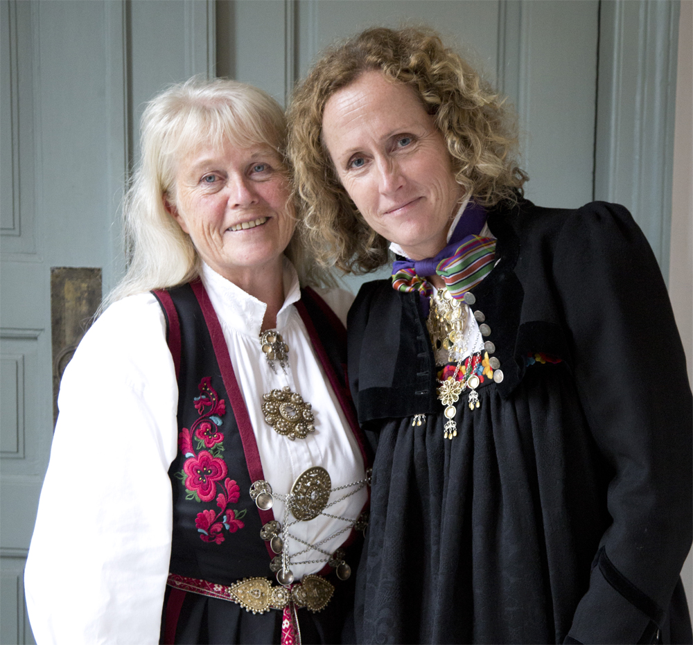 Anne og Tone 2.jpg