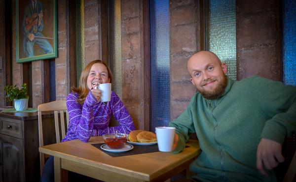 Sjølverklærte Lomsvertar klare for ein kaffekopp!