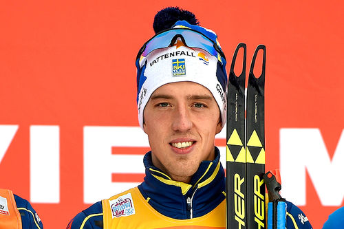 Calle Halfvarsson var best på 10 kilometer fri teknikk under verdenscupens minitour på Lillehammer 2016. Svensken leder touren sammenlagt etter to strake seiere. Foto: Modica/NordicFocus.