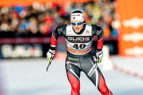 Marit Bjørgen på vei mot seier på 10 kilometer fri teknikk under verdenscupen i Ulricehamn i januar 2017. Foto: Modica/NordicFocus.