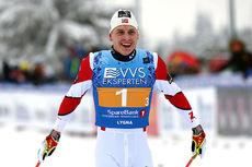 Simen Hegstad Krüger gikk ankeretappen for Lyn Ski, som vant stafettgull under NM på Lygna 2017. Hans lagkamerater var Johan Tjelle og Hans Christer Holund. Foto: Eirik Lund Røer/Eiluro.