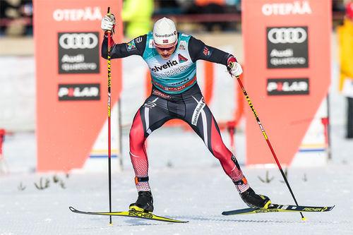 Johannes Høsflot Klæbo underveis mot sin første verdenscupseier, på sprinten i Otepää og Estland 2017. Foto: Modica/NordicFocus.