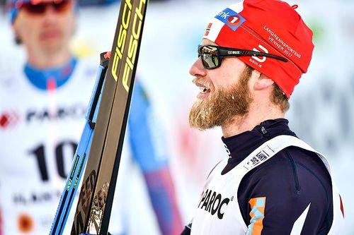 Martin Johnsrud Sundby etter at han gikk inn til sølv på skiathlon under VM i Lahti 2017. Foto: Thibaut/NordicFocus.