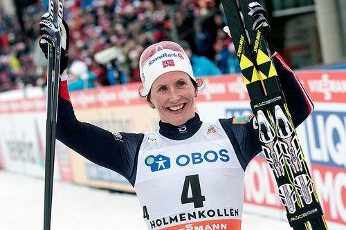Marit Bjørgen knuste konkurrentene på 3-mila i Holmenkollen 2017. Foto: NordicFocus.