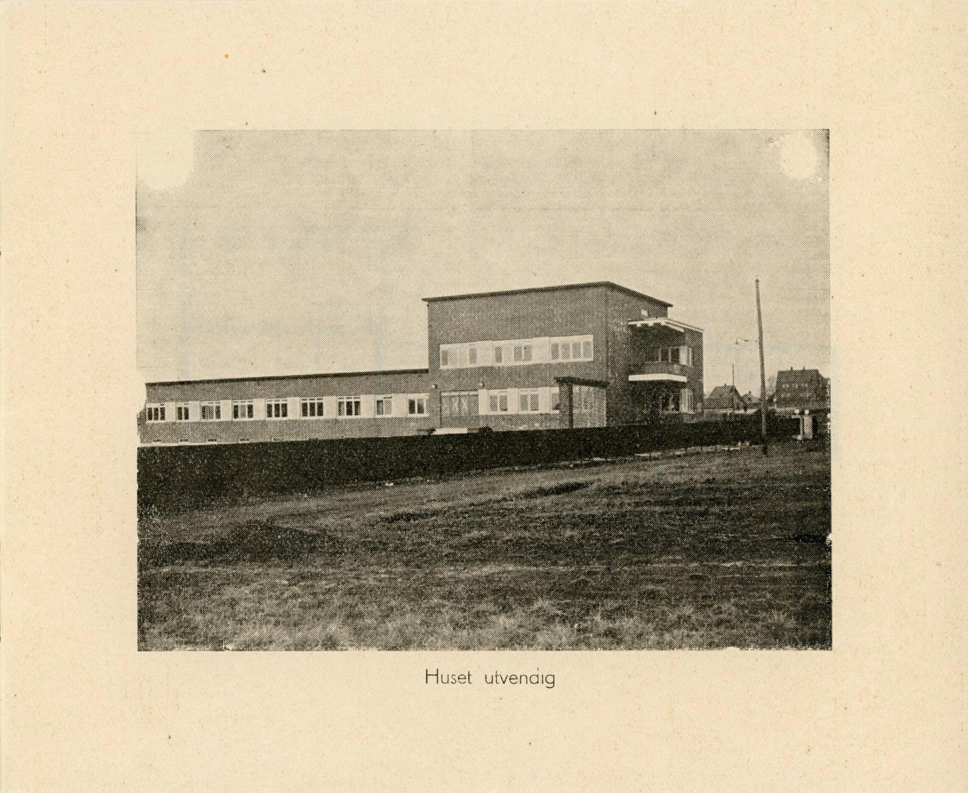 Side3.JPG