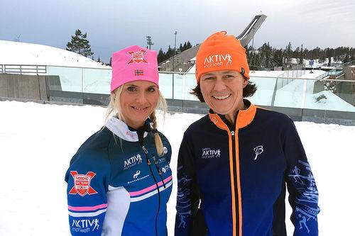 Nordic Ski Team ved Kristin Østmo overrekker årets bidrag på kr. 50.000.- til daglig leder i Aktiv mot kreft, Helle Aanesen. Foto: Nordic Ski Team.