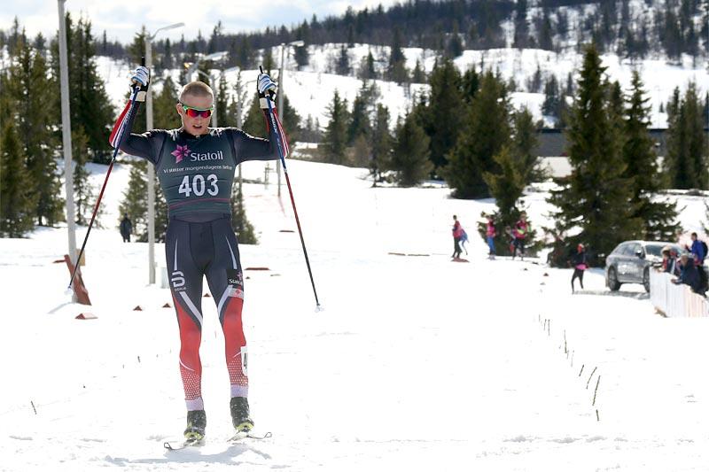 Vebjørn Hegdal kom helt alene til mål i den 20 km lange fellesstarten i klasse 19/20 år som avrundet norgescupfinalen på Gålå 2017. Foto: Erik Borg.