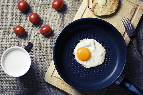 Egg og melk er gode kilder til vitamin B. Foto: Creative Commons/Pixabay.com.