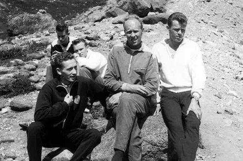 Før Besseggløpet i 1962 eller 1963. I midten Reidar Andreassen og til høyre Reidar Hjermstad. Fra boka Sørlandsekspressen av Thor Gotaas.
