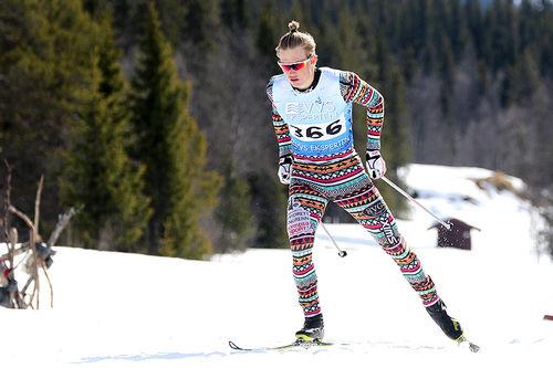 Vebjørn Hegdal ute på 10 kilomter fri teknikk under NM på Beitostølen forrige vinter. Det endte med 16. plass for unggutten. Foto: Erik Borg.