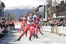 Bysprinten 2016 ble en parademarsj for Emil Iversen (bildet). Han vant foran Anders Gløersen og Ola Vigen Hattestad. Kvinneklassen ble vunnet av Barbro Kvåle foran Mari Eide og Kathrine Harsem. Foto: Per Vikan, Helgelendingen.