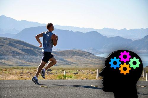 Forskere mener å kunne bevise at løping gjør jeg deg smartere og mer kreativ. Foto: Creative Commons/Pixabay.com.