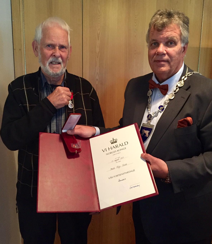Kongens fortjenstmedalje tildelt Roald H. Finvik