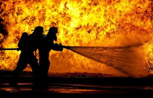 firefighters-870888_1920