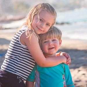 bs-siblings-206577358-400
