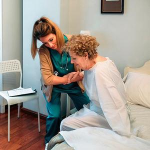 bs-Home_nursing-219755410-400