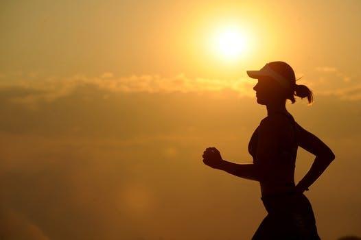 running-runner-long-distance-fitness-40751.jpg