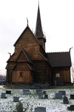 Lom stavkyrkje fasade