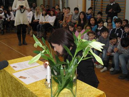 Loveleen Brenna signerer mobbemanifestet