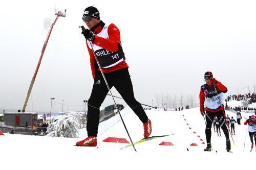 Dario Cologna varmer opp under VM i Holmenkollen 2011. Foto: Laiho/NordicFocus.