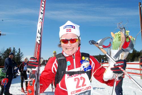 Hilde Gjermundshaug Pedersen etter sin seier i Troll Ski Marathon et tidligere år. Arrangørfoto.