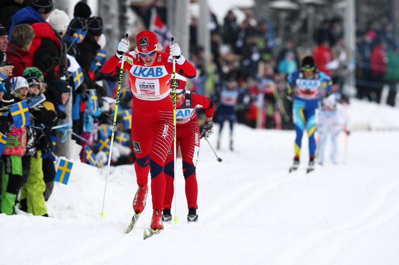 Vibeke Skofterud i front på stafetten i verdenscupen i svenske Gällivare i november 2010. Foto: Hemmersbach/NordicFocus.