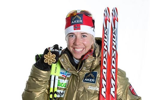 Kristin Størmer Steira med stafett-gullet fra VM i Oslo 2011. Foto: Hemmersbach/NordicFocus.