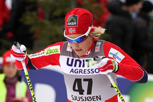 Vibeke Skofterud under verdenscupen på Sjusjøen 2011. Foto: Geir Nilsen/Langrenn.com.