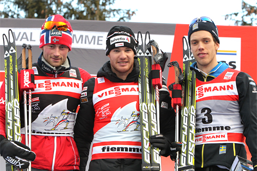 Tour de Ski 2011/2012 sammenlagt. Fra venstre: Petter Northug (3), Dario Cologna (1) og Marcus Hellner (3). Foto: Hemmersbach/NordicFocus.