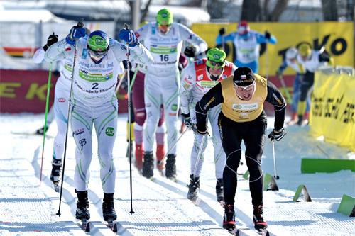 Jerry Ahrlin, til venstre i bildet, og Stanislav Rezac, med Jørgen Aukland like bak, spurter om seieren i König Ludwig Lauf 2012. I mål ble de nr. 2, 1 og 3. Foto: Felgenhauer/NordicFocus.