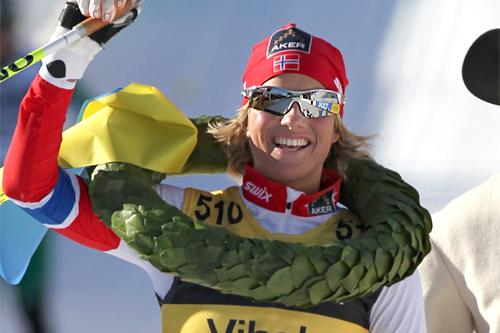Vibeke Skofterud vinner Vasaloppet 2012 på ny Vasa-rekord. Foto: Hemmersbach/NordicFocus.