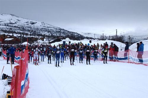 1110 løpere stilte til start i HovdenTour 2012. Foto: HovdenTour