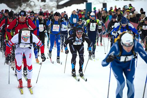 1110 løpere stilte til start i HovdenTour 2012. Året etter var det nært dobbelt så mange påmeldte. Foto: Hovden Tour, Anders Martinsen