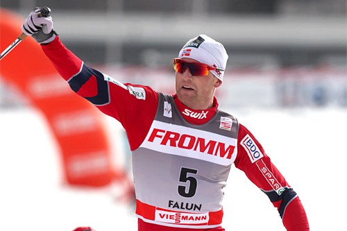 Niklas Dyrhaug inn til sin første pallplassering i verdenscupen. Den kom på den avsluttende jaktstarten i Falun 2012. Foto: Hemmersbach/NordicFocus.