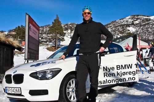 Chris Jespersen med vinnerbilen fra Rauland Power Climb 2012. Foto: Live Skinnes