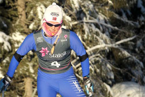 Mari Eide underveis i et av rennene på Nes som både var Skandinavisk Cup og norgescup i januar 2012. Foto: Erik Borg.