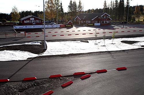 Utsikt over stadion i ØTS-skisenter Karidalen. Foto: Arrangør